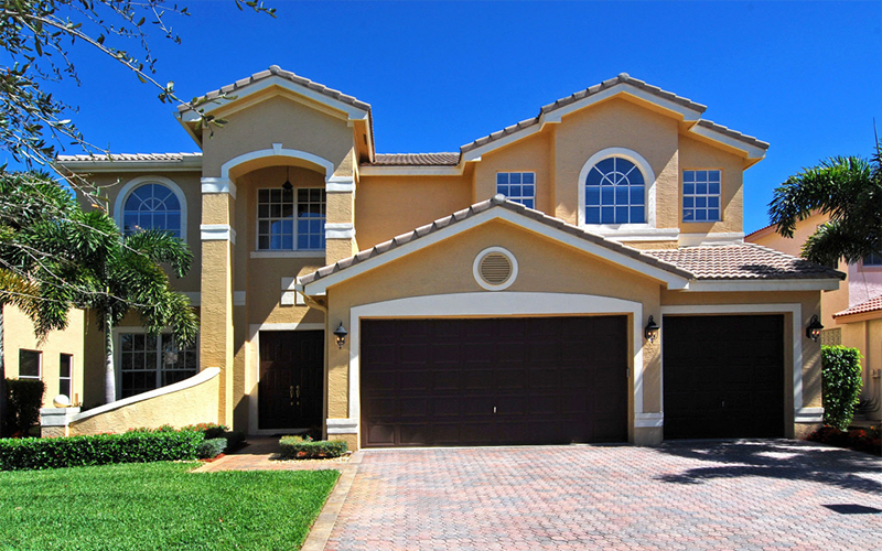 Single Family Homes For Sale in Miami Under $400 K / Royal DreamRealty